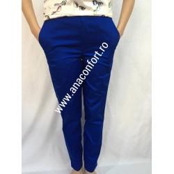 Pantaloni cu fermoar si buzunare